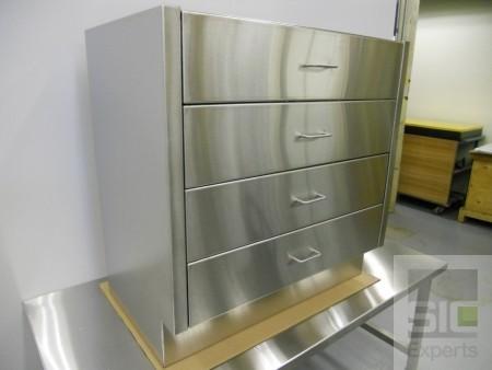 Meuble à tiroirs acier inox