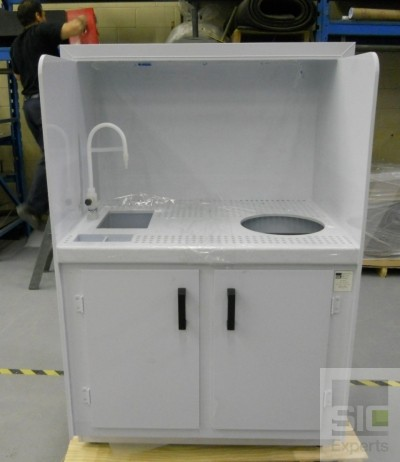 Mobilier laboratoire sur mesure