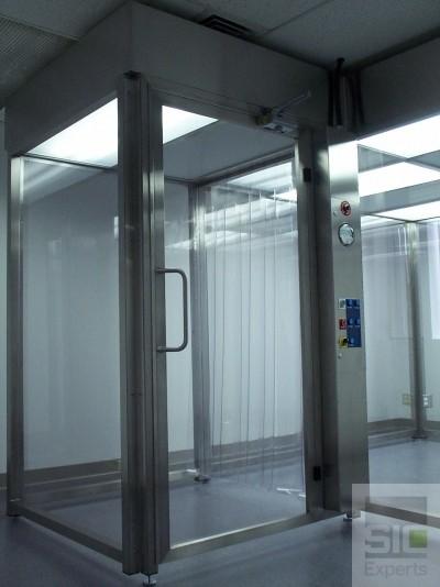 Salle blanche autoportante avec murs rigides